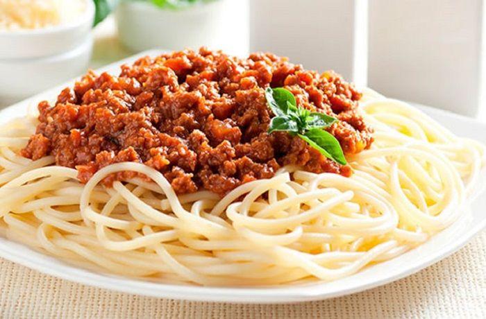 Receta de espaguetis a la boloñesa chilenos